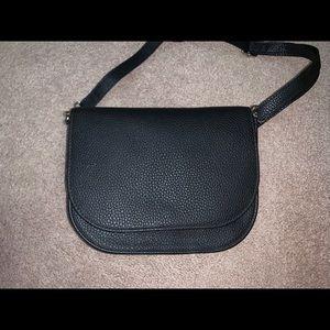 Thirty One Convertible Belt Bag Black Pebble